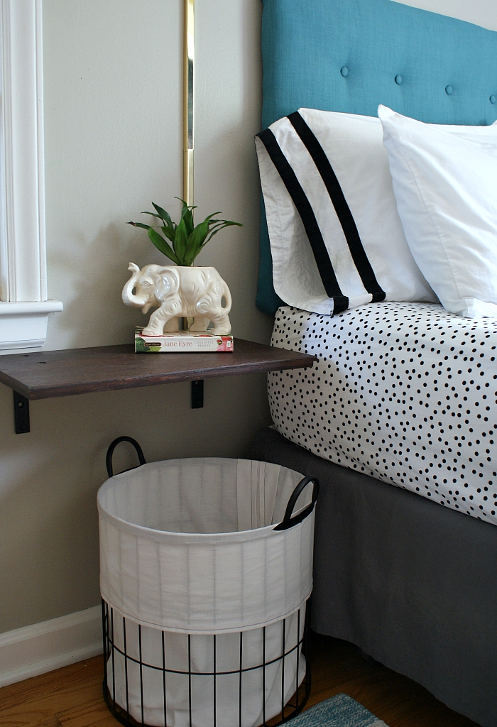 small modern eclectic bedroom