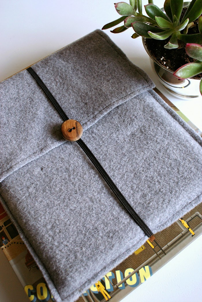 DIY felt iPad or Tablet Case